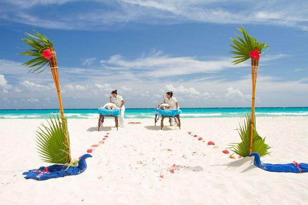 Sandos resorts Playa del Carmen masaje para pareja