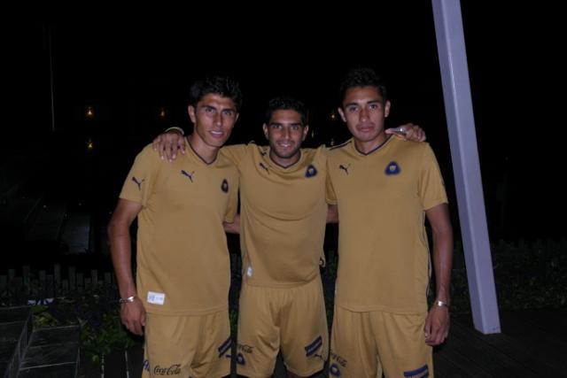 Pumas futbol Sandos Caracol 3