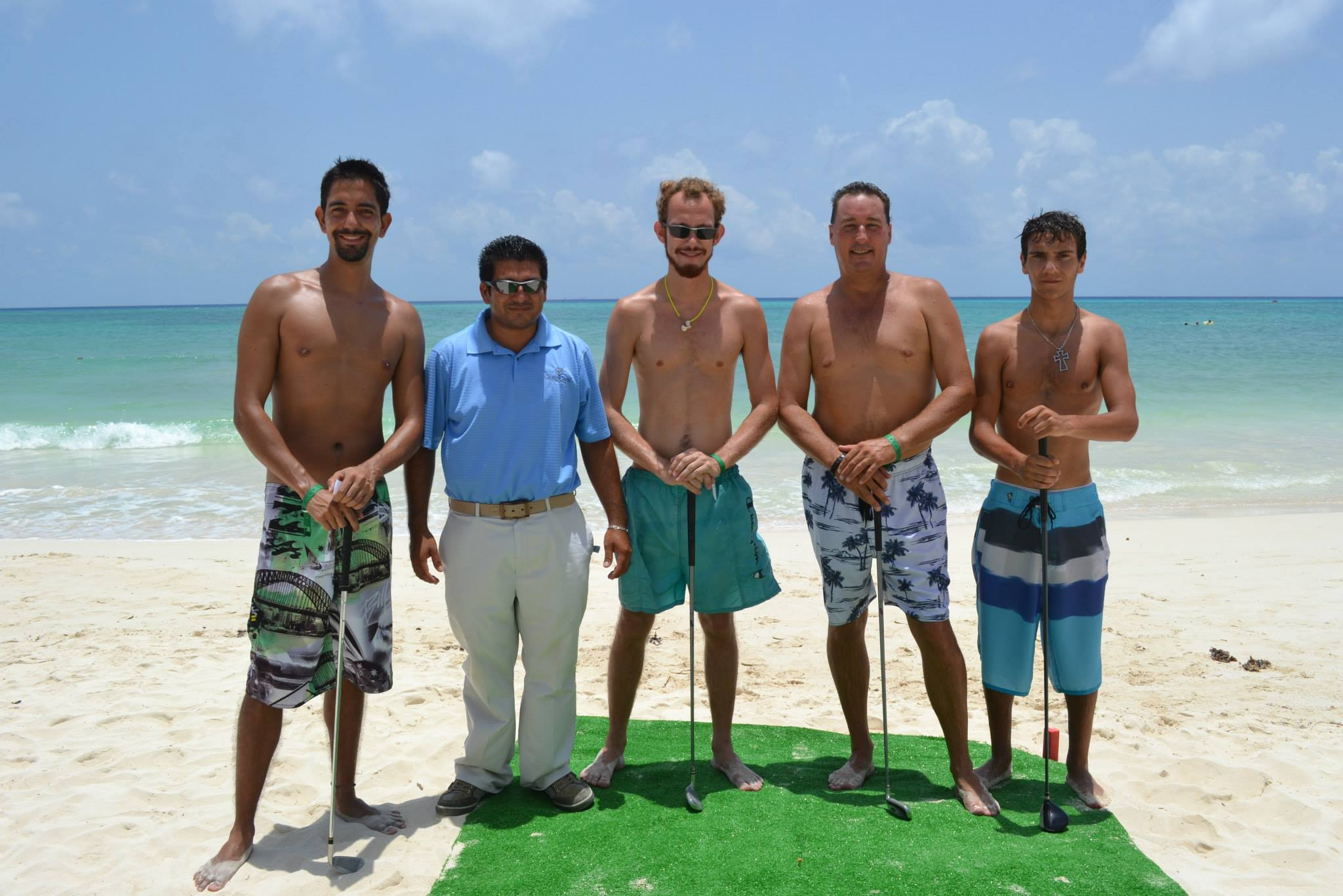 Beach golf competition Playa del Carmen 7