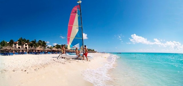 Sandos Playacar Beach resort hobie cat all inclusive