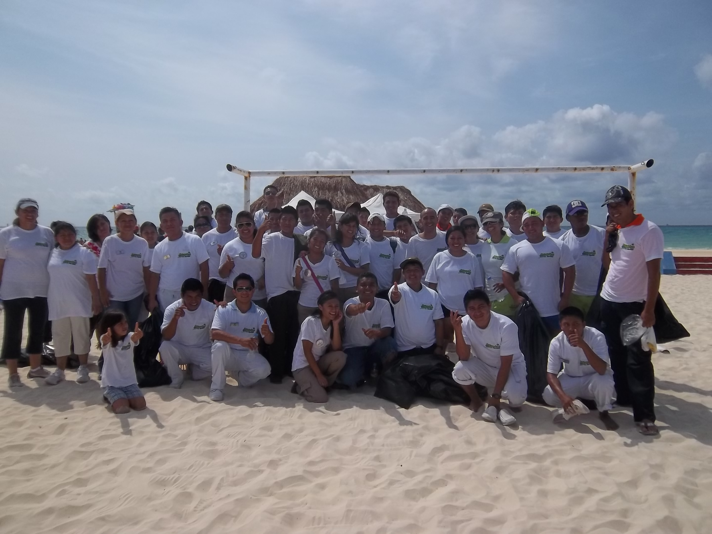 Sandos beach cleanup Playa del Carmen 4