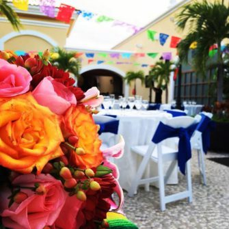 flores y mesa