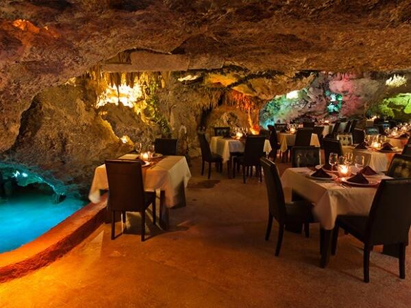 Alux cave restaurant Playa del Carmen