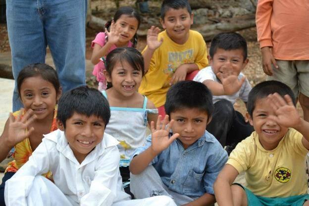 Ayudando las comunidades de Yucatan
