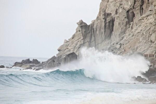 Cabo San Lucas cliff