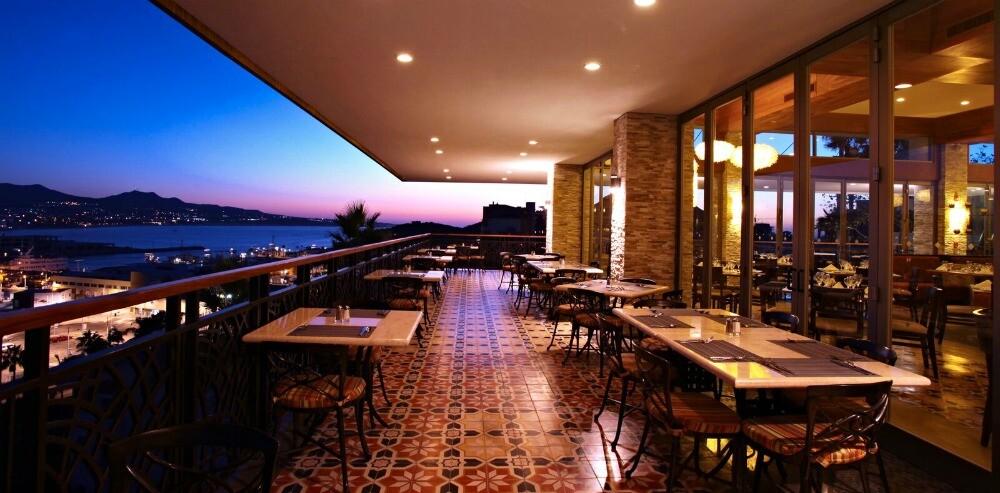 Cabo San Lucas restaurante vista al mar