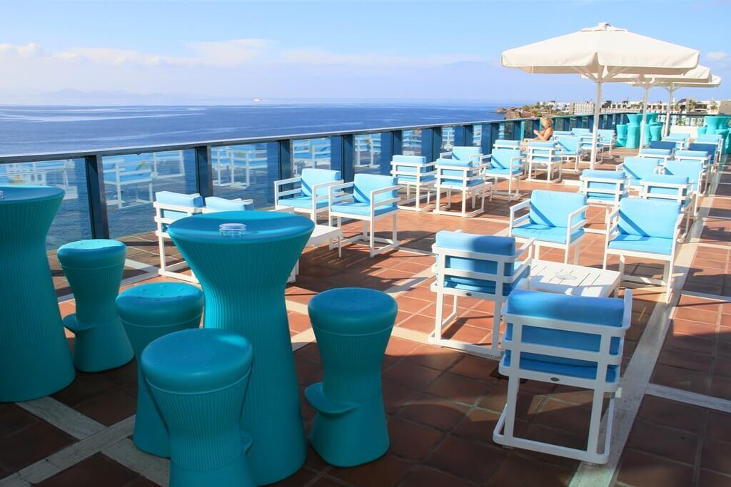 Islas Canarias terraza con vista al mar