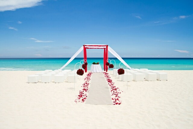 Amazing wedding setup on the beach