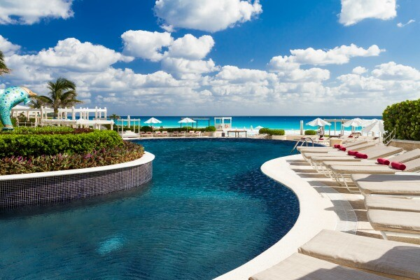 Cancun luxury resort pool area