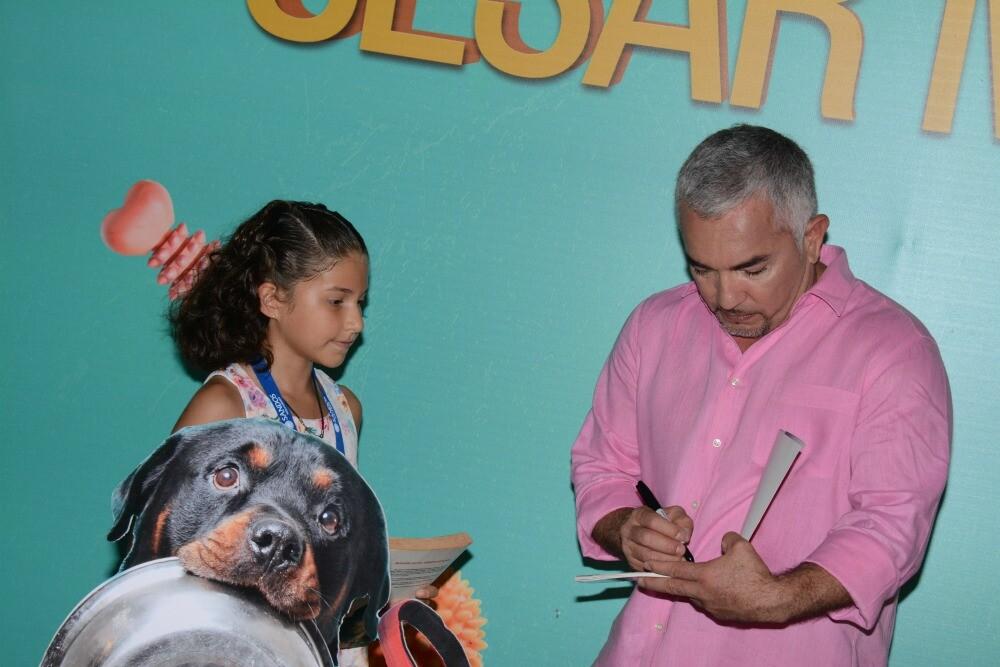 Cesar Millan autografo