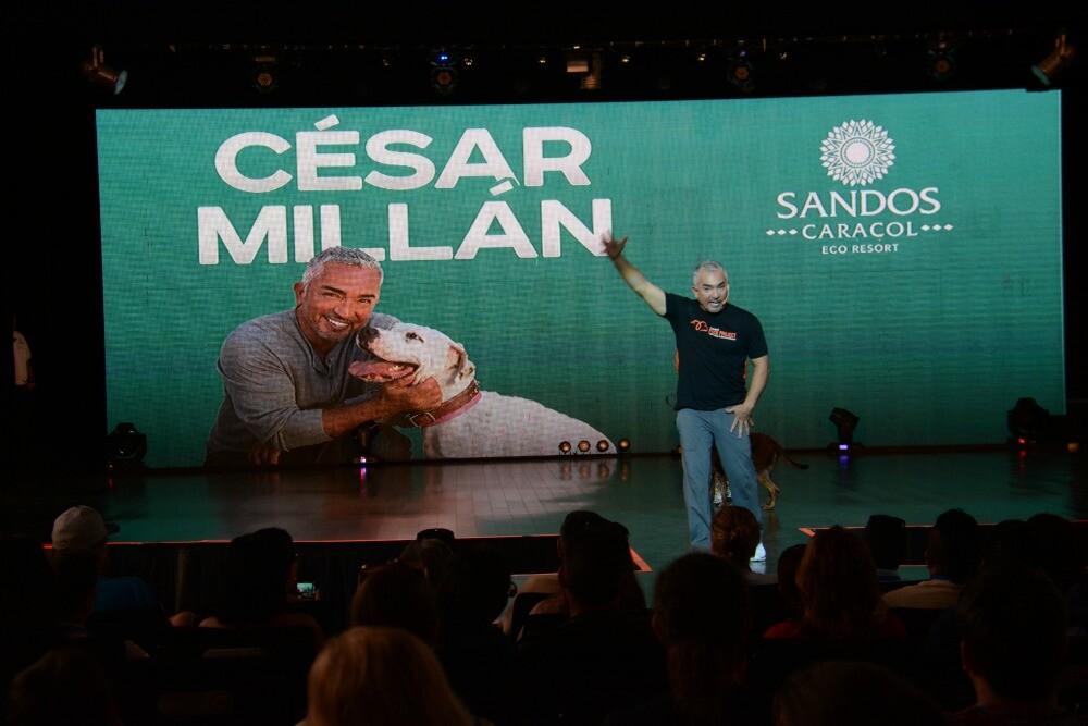 Cesar Millan conferencia