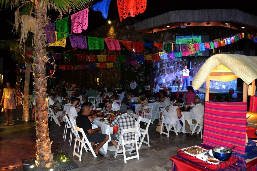 Fiesta mexicana Los Cabos
