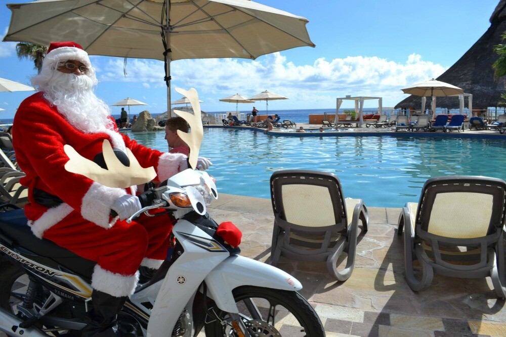 Los Cabos resort Santa Claus