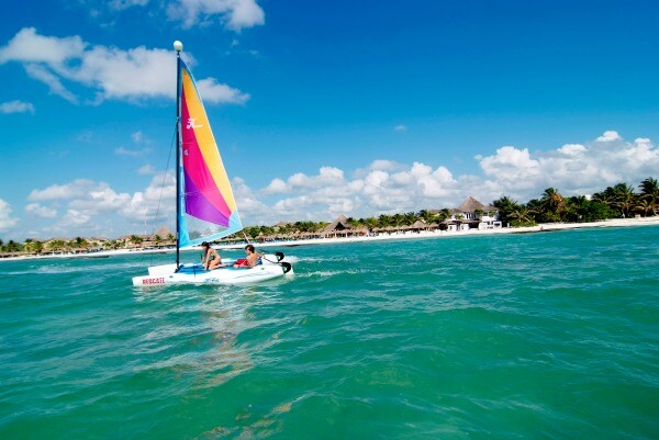 Playa del Carmen water sports hobie cat