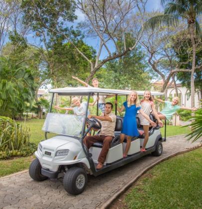¿Necesitas un aventón? Transporte gratis del aeropuerto al hotel llega a Sandos México